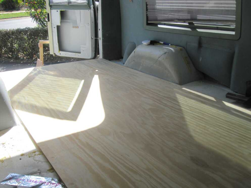 Ford Transit Rv >> Subfloor installation