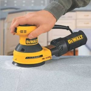 DEWALT D26451K Corded 3 Amp 5-Inch Random Orbit Sander with Bag